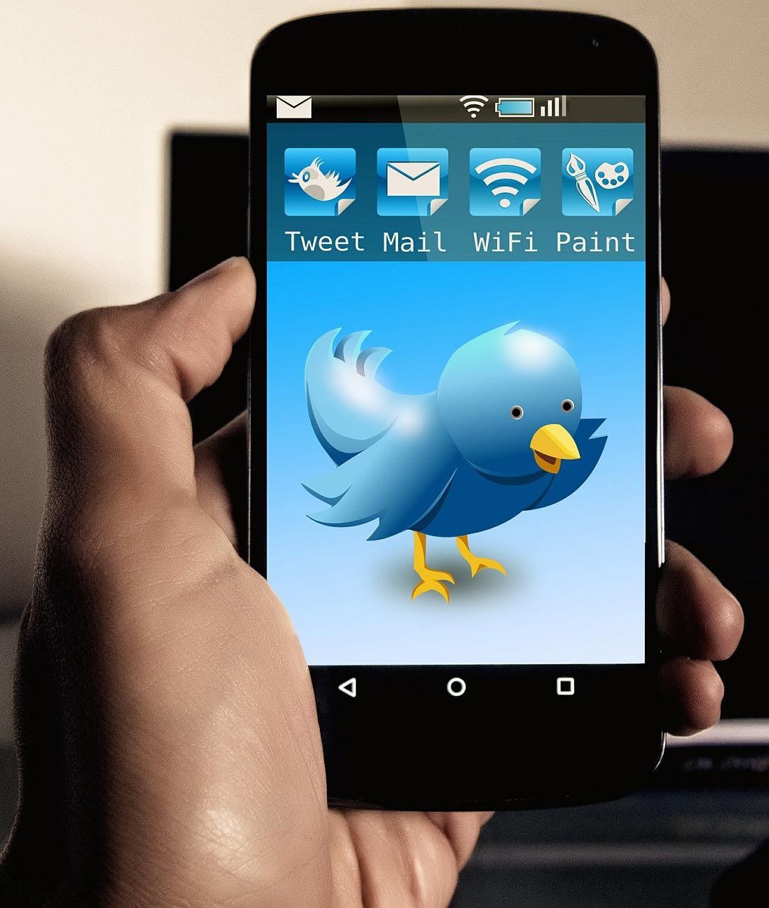 APPLE hat endlich einen Twitter-Account
